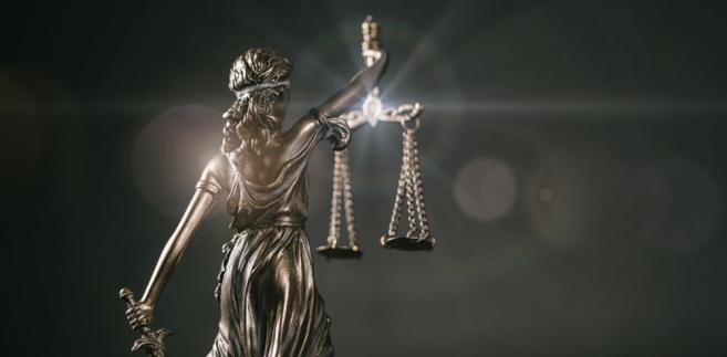 """O przygotowanie rozwiązań, które zabezpieczyłyby prawo obywateli do sądu w okresie pandemii, apelowało do Ministerstwa Sprawiedliwości m.in. Stowarzyszenie Sędziów Polskich """"Iustitia"""". Jego zdaniem prawo to będzie naruszane na masową skalę, jeżeli nie zostaną wprowadzone rozwiązania ustawowe co do biegu postępowań sądowych."""