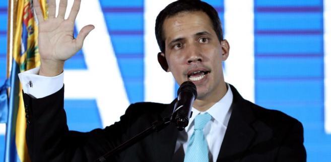 Przywódcą drugiego jest Guaido, który 23 stycznia ogłosił się tymczasowym prezydentem i może liczyć m.in. na poparcie USA.