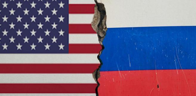Zdaniem gazety, pod znakiem zapytania staje teraz przyszłość nowego traktatu START, na mocy którego w 2011 roku Rosja i USA ograniczyły liczbę strategicznych głowic jądrowych.