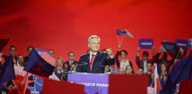 Biedroń w niedzielę przedstawił 13 projektów ustaw, które - o ile znajdzie się w Sejmie po tegorocznych wyborach - jego klub parlamentarny zamierza złożyć w pierwszych miesiącach kadencji.