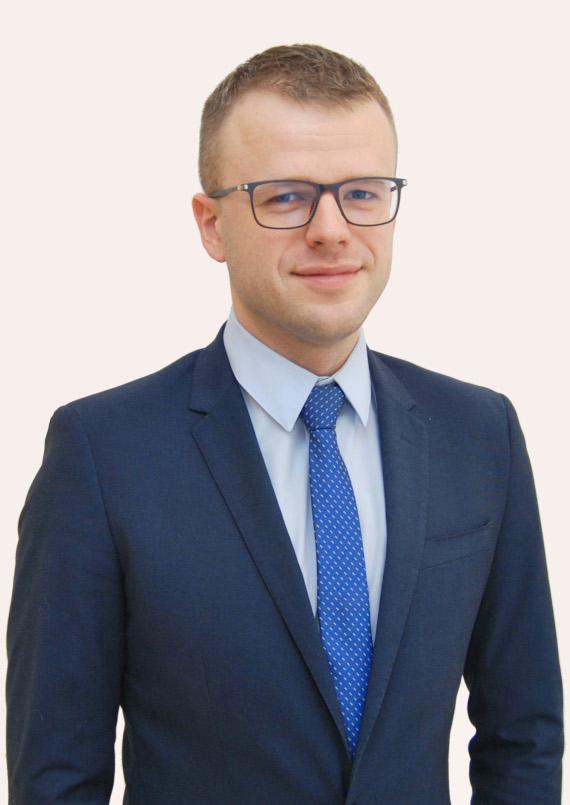 Piotr Bzówka, adwokat w Kancelarii KONDRAT i Partnerzy