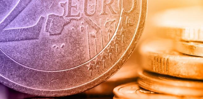 Po wejściu do euro częściej pomagać będziemy my, niż pomagać będą nam. A może EBC nauczy się tak sterować polityką pieniężną, że kryzysy, jeśli będą, to łagodne?