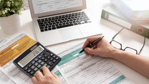 Odliczać można też składki na rzecz organizacji zrzeszających przedsiębiorców i pracodawców, działających na podstawie odrębnych ustaw – ale tylko do wysokości nieprzekraczającej łącznie 0,25 proc. kwoty wynagrodzeń wypłaconych w poprzednim roku