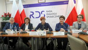 Spotkanie w RDS ws. kryzysu w oświacie