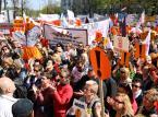 Polska szkoła po strajku: Z silnymi nauczycielami, ale bez wycieczek, prac domowych i z samymi piątkami