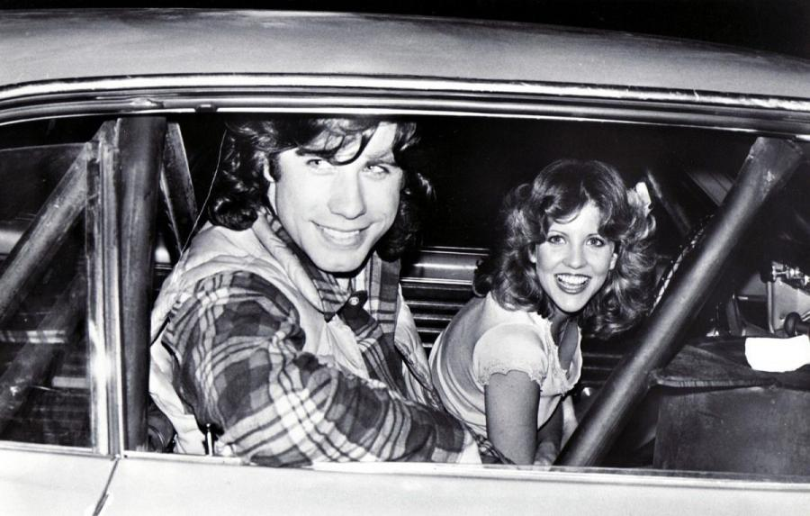 "John Travolta i Nancy Allen w filmie ""Carrie\"
