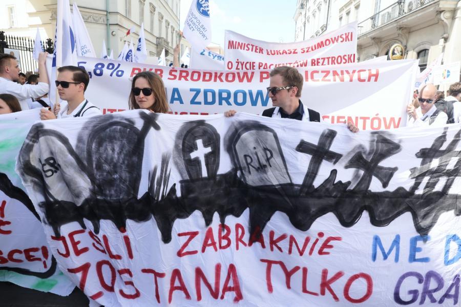 Manifestacja lekarzy w Warszawie