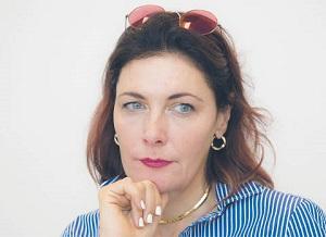 Katarzyna Kolasa, Akademia Leona Koźmińskiego