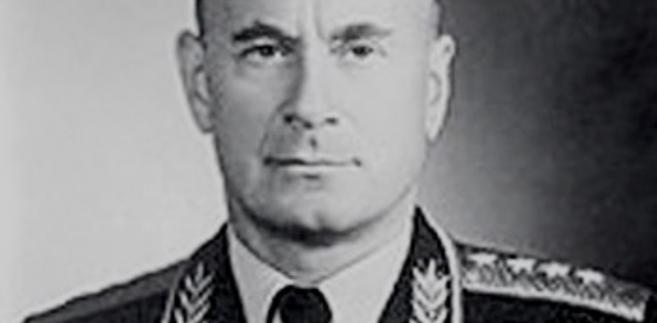 """Pierwszy szef KGB byłby ceniony w każdej korporacji. """"Tajemnice walizki generała Sierowa"""""""