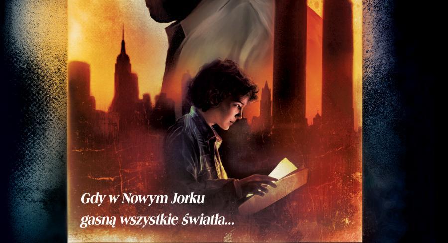 """Adam Christopher """"Ciemność nad miastem"""""""