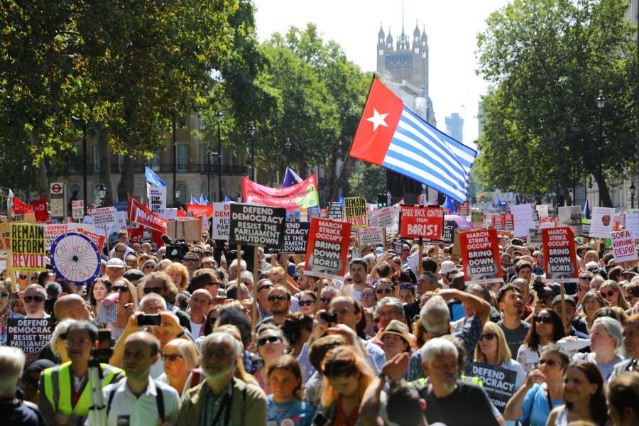 Protesty w Londynie przeciwko zawieszeniu parlamentu