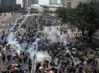 Kolejne starcia w Hongkongu. Użyto gazu łzawiącego i armatek wodnych