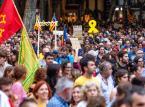 Młoda Katalonia podpala Barcelonę i żąda secesji