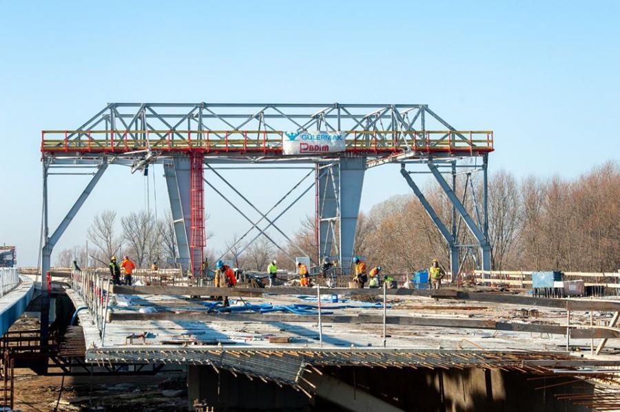Nowy most na Wiśle w Warszawie