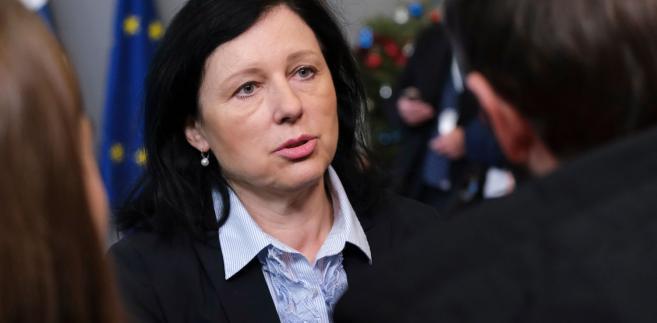 Jourova leci do Polski. Może spotkać się z Ziobrą, Witek i Przyłębską