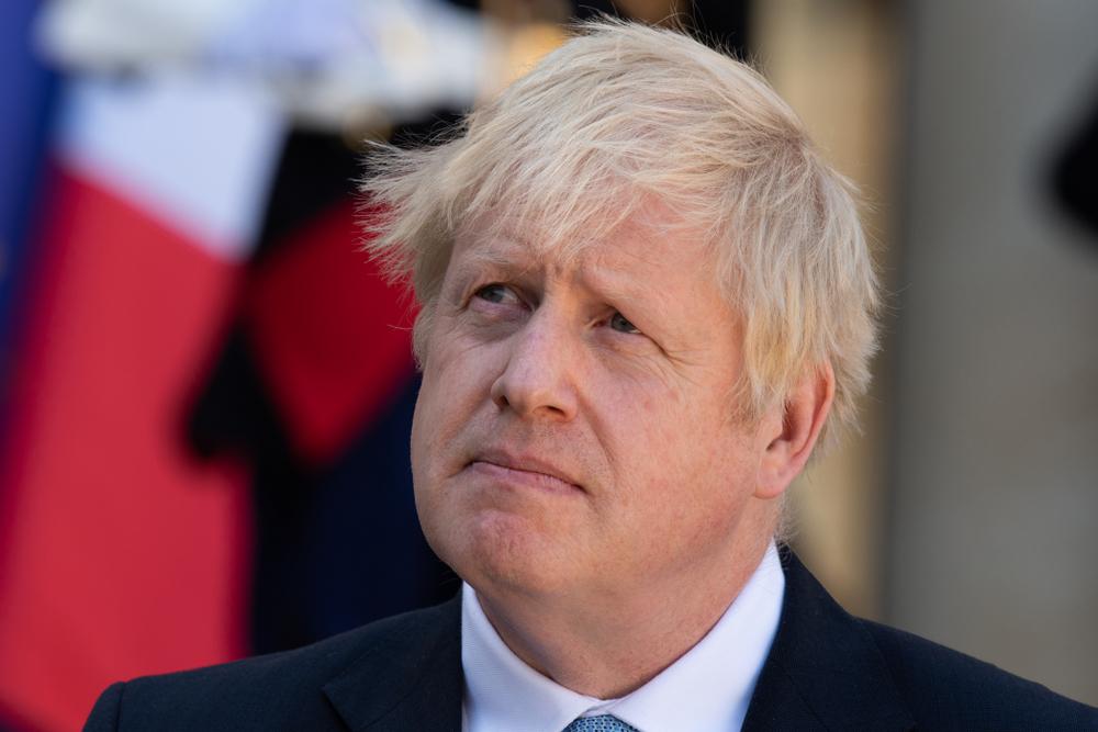 Johnson znów wskazuje na zalety zasłaniania twarzy w sklepach