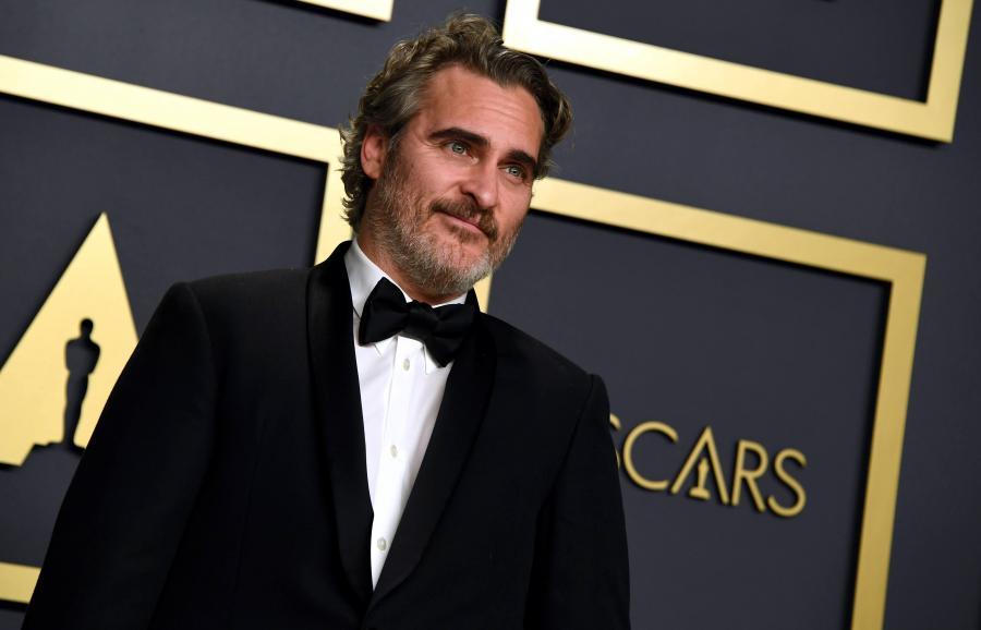 Joaquin Phoenix podczas 92. gali wręczenia Oscarów (2020)