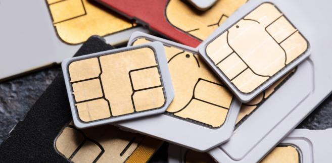 Pierwszy ukarany za prepaidy. Plus zapłaci za blokowanie nadwyżek z kart przedpłaconych