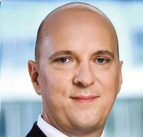 Andrzej Kozłowski prezes zarządu spółki Emitel SA, najważniejszego operatora naziemnej infrastruktury radiowo-telewizyjnej w Polsce, zatrudniającego ok. 450 osób
