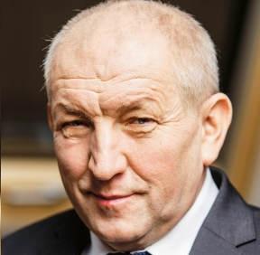 Ryszard Florek prezes zarządu FAKRO, wicelidera na światowym rynku okien dachowych; grupa zatrudnia ponad 4 tys. osób