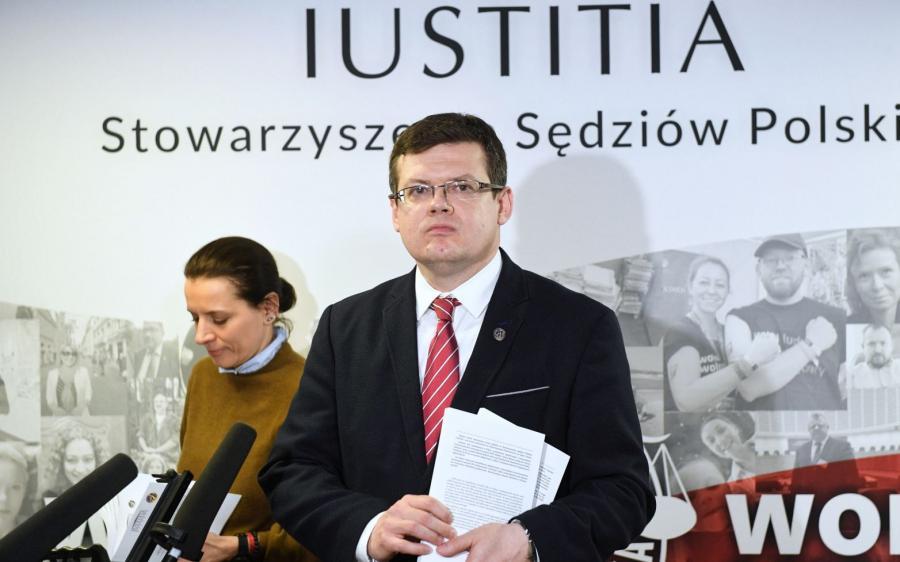 Szef stowarzyszenia Iustitia Krystian Markiewicz
