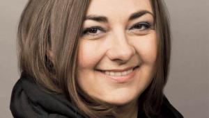 Zuzanna Skalska, zajmuje się badaniem i analizą sygnałów zmian dla biznesu, właścicielka 360Inspiration, partner FutureS Thinking Group. Współpracuje z prezesami firm i członkami zarządów, doradzając im w kwestii możliwych scenariuszy rozwoju. Współtwórczyni School of Form (SWPS)