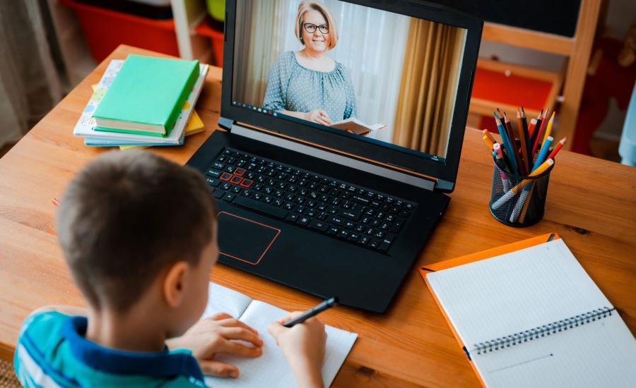 Szkoła online lekcja