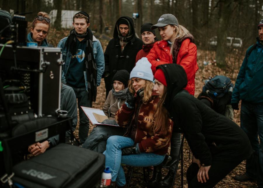 Kalina Alabrudzińska na planie filmu Nic nie ginie, fot. Agencja JUMP