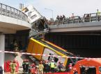 Zatrzymano kierowcę autobusu, który spadł z mostu Grota-Roweckiego. Nieoficjalnie: był pod wpływem amfetaminy