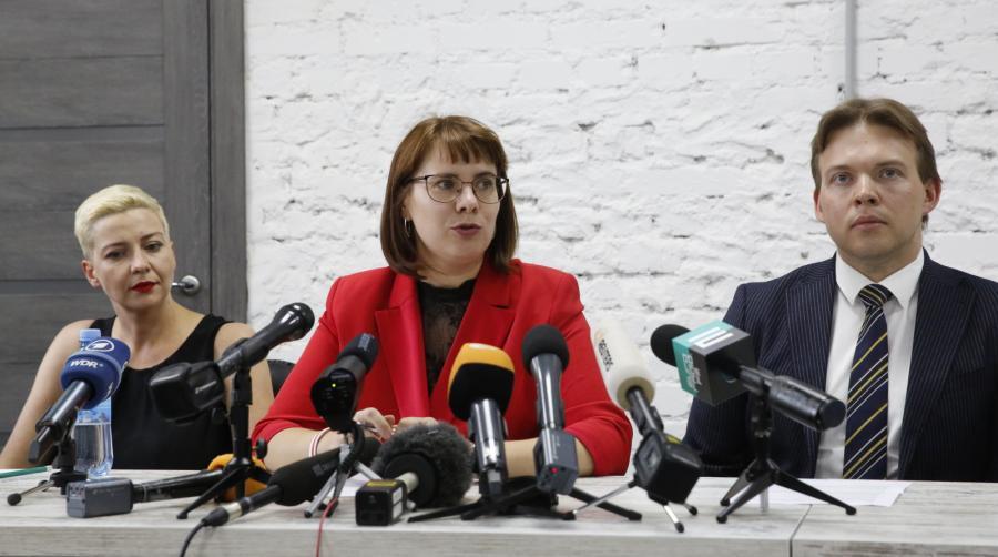 Maria Kolesnikova (od lewej)