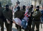 Protest kobiet w Mińsku trwa pomimo zatrzymań