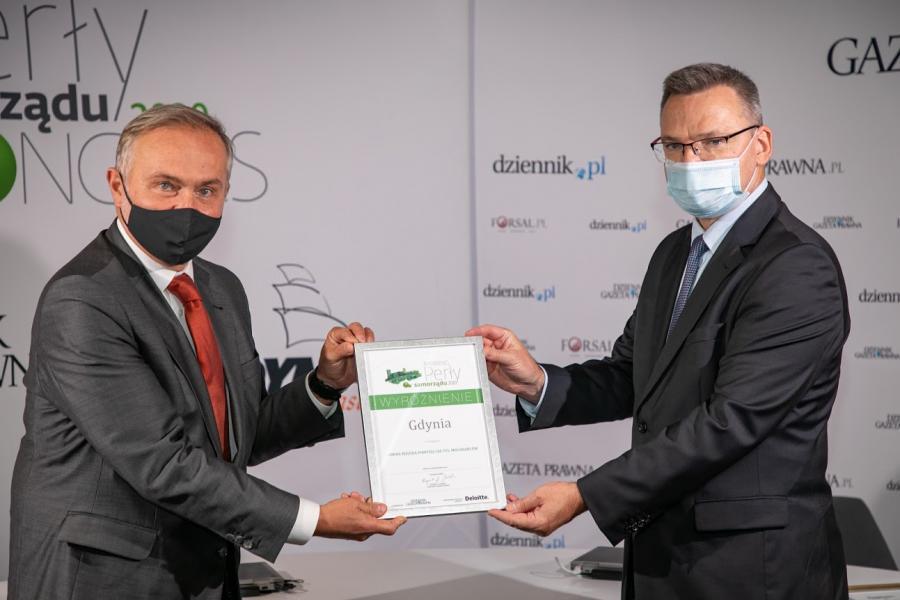 Wojciech Szczurek, prezydent Gdyni i Krzysztof Jedlak, red. nacz Dziennika Gazety Prawnej
