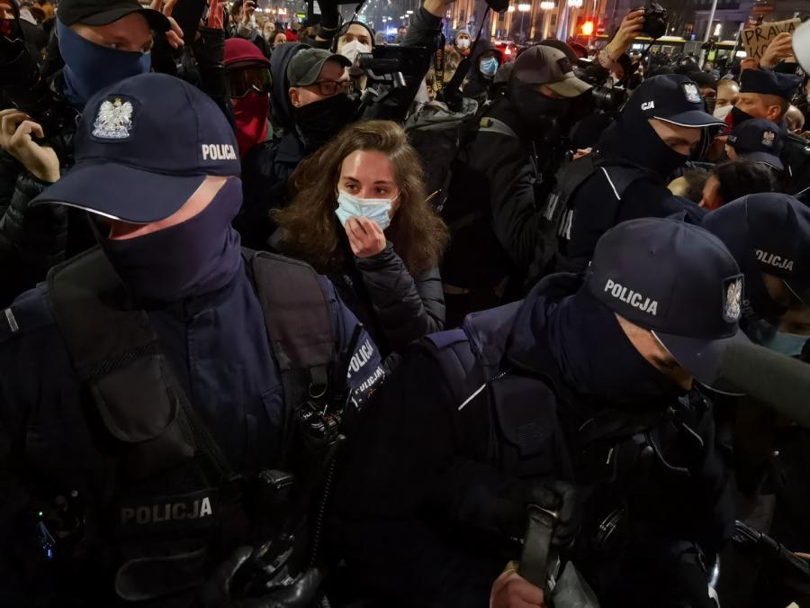 Strajk Kobiet w Warszawie 18 listopada 2020 r (71)