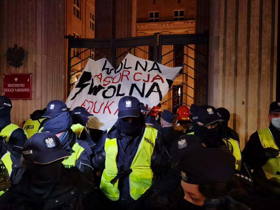 Strajk Kobiet w Warszawie 23 listopada 2020 r (32)